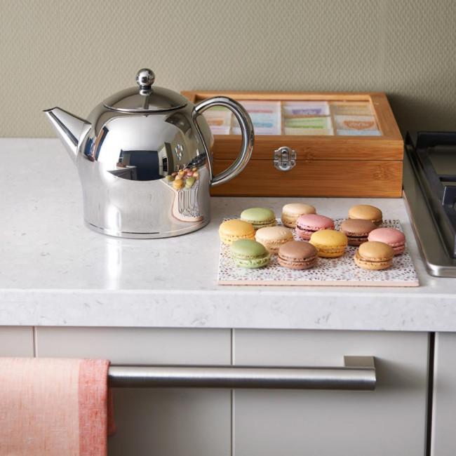 Teapot Minuet Santhee 1.4L polished